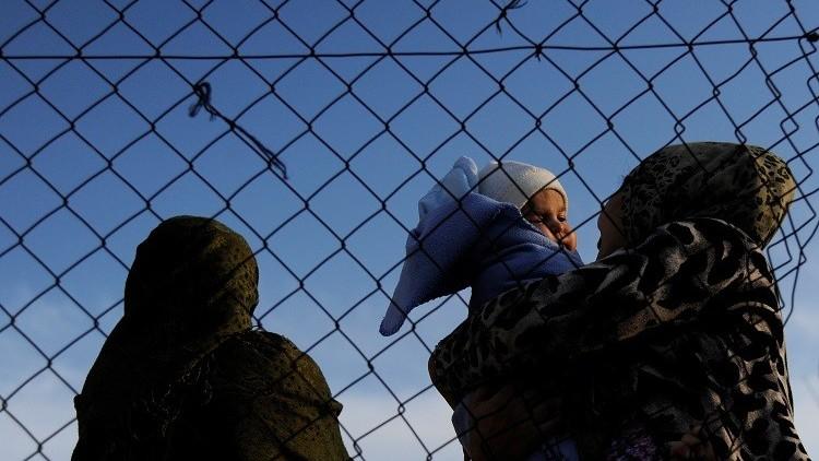نقل أكثر من 16 ألف طالب لجوء من اليونان وإيطاليا إلى دول أوروبية أخرى