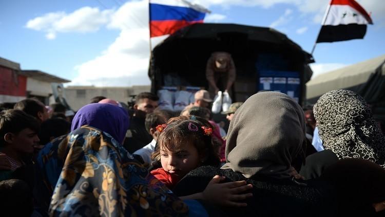الطائرات الروسية تنزل 21 طنا من المساعدات في دير الزور