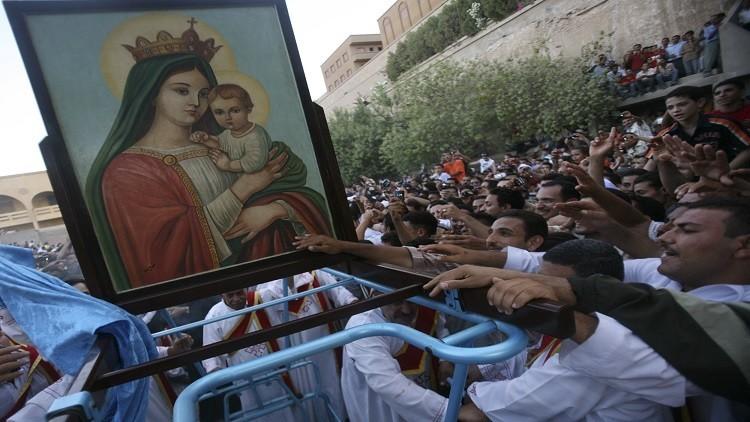 أقباط مصر يحتفلون بـ