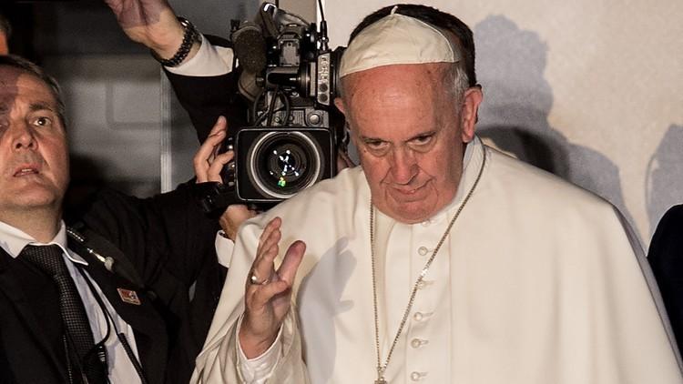 البابا يندد بتفجير حلب