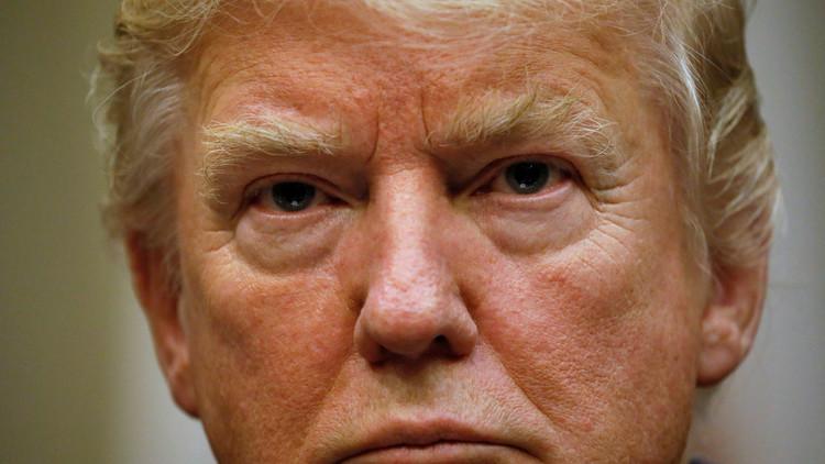 حقوقيون أمريكيون: شروط عزل ترامب متوفرة
