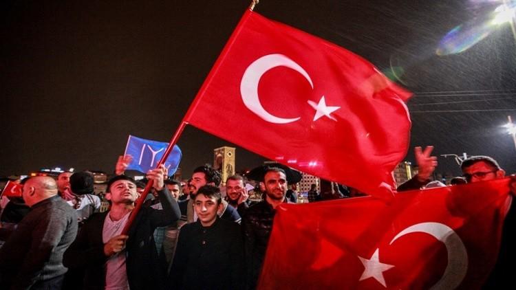 برلماني يدعو إلى سحب الجنسية البلجيكية من الأتراك