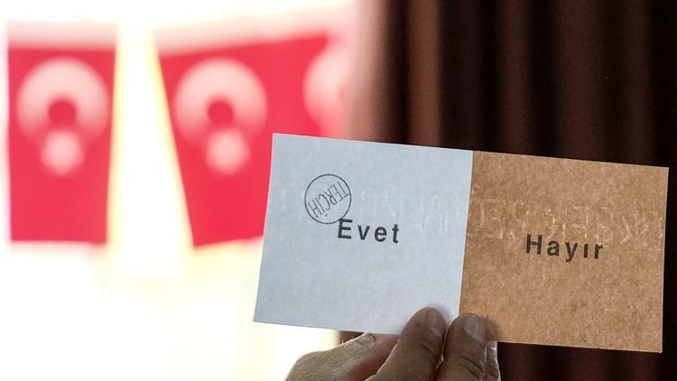 ما يجب معرفته عن الاستفتاء في تركيا