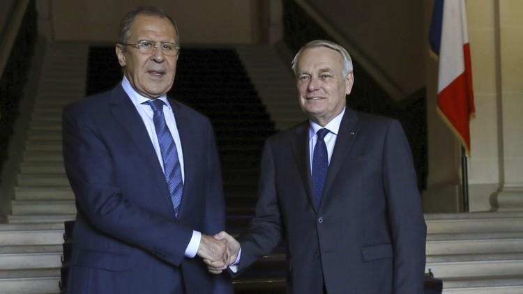 وزير الخارجية الروسي، سيرغي لافروف ونظيره الفرنسي، جان مارك إيرولت (صورة أرشيفية)