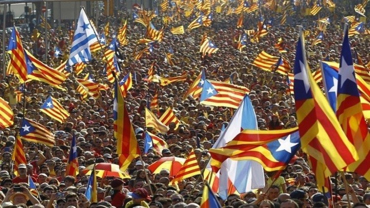 برشلونة تبدأ حملة مقاطعة وفرض عقوبات على إسرائيل