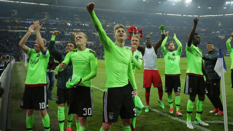 أياكس يخسر ويتأهل لنصف نهائي الدوري الأوروبي