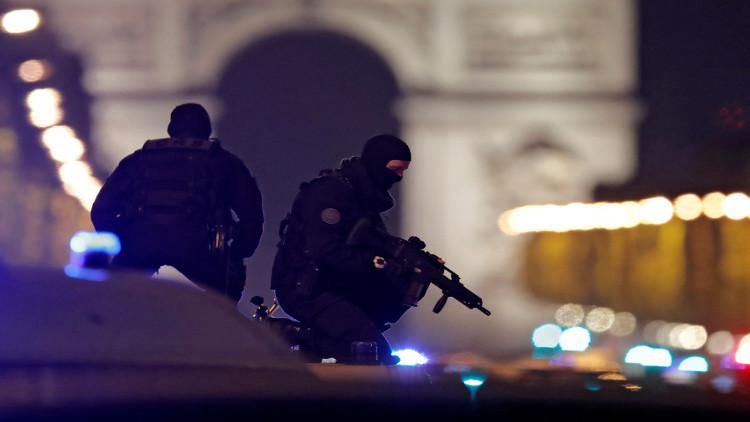 هجوم باريس.. المشتبه به الثاني يسلم نفسه للشرطة البلجيكية