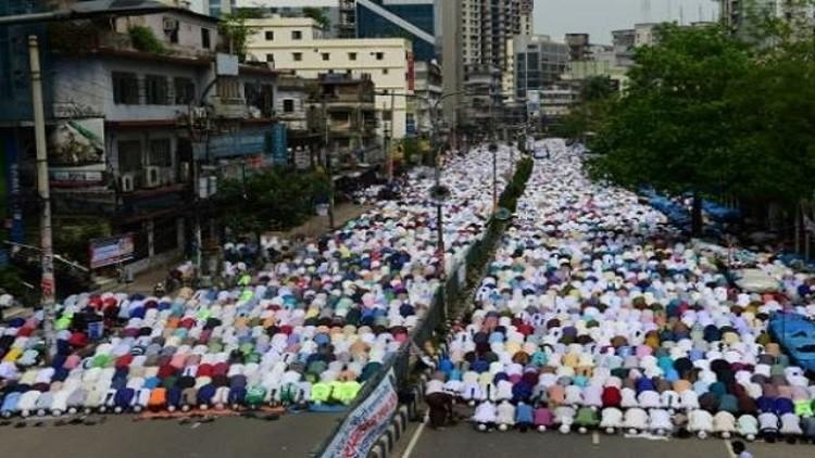 بنغلادش .. مظاهرة صاخبة ضد تمثال يوناني
