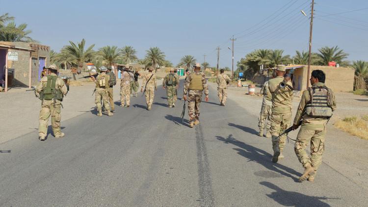 الجيش العراقي يعتقل شيخ عشيرة وآمر فوج ومعاونه بالحشد العشائري