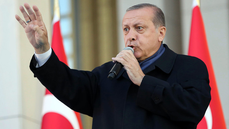 أردوغان: إلى كل من ينعتني بالدكتاتور..
