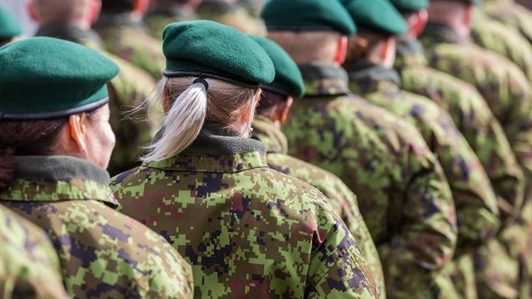 الجيش الإستوني يبحث عن فتيات بقدرات فائقة على التحمل!