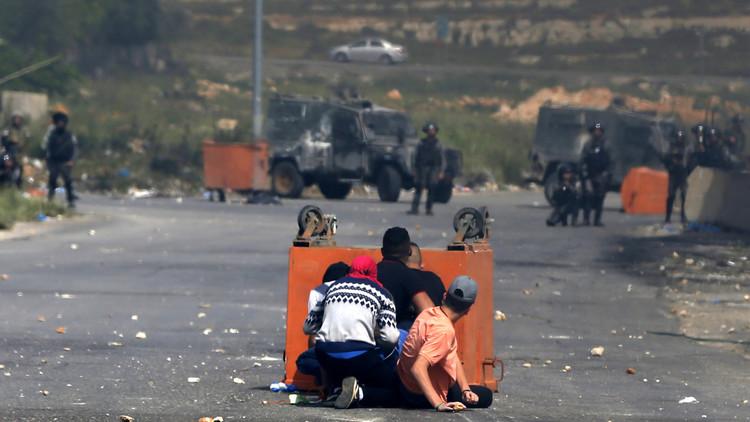 إصابة 15 فلسطينيا برصاص إسرائيلي في رام الله