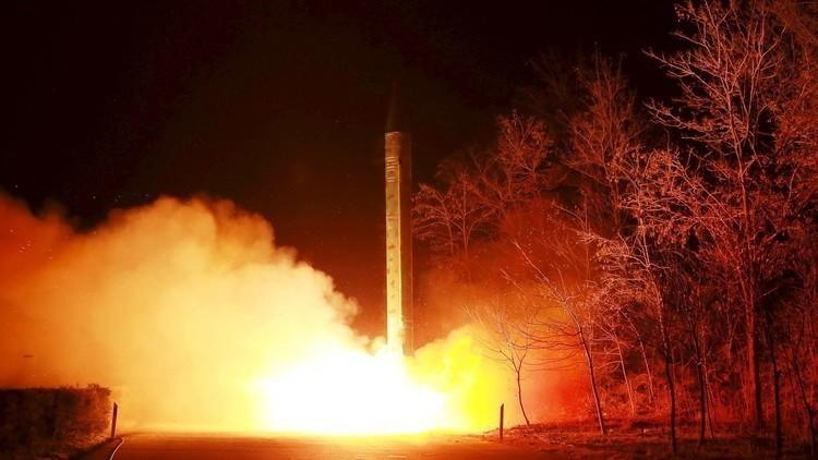 كوريا الشمالية تجري اختبارا لإطلاق صاروخ باليستي