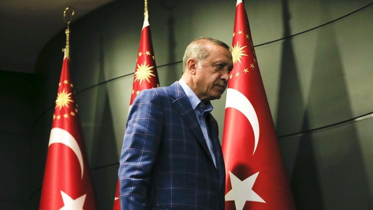 أردوغان حزين!