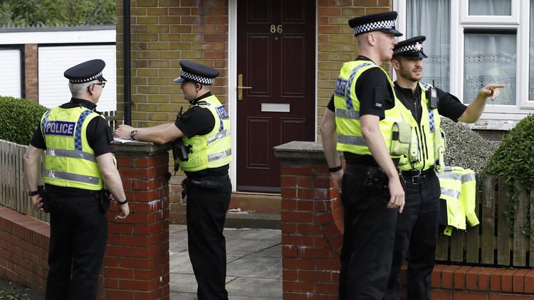 اعتقال امرأة في لندن بشبهة الإرهاب
