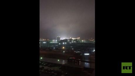رصد أضواء غريبة في سماء مدينة تشيلابينسك الروسية