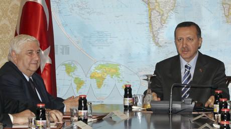 رجب طيب أردوغان ووليد المعلم في عام 2007