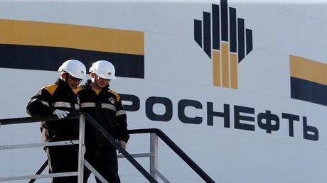 """""""روس نفط"""" تتسلم أولى شحنات النفط من كردستان العراق"""