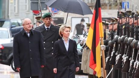 وزيرة الدفاع الألمانية أورسولا فون دير لايين