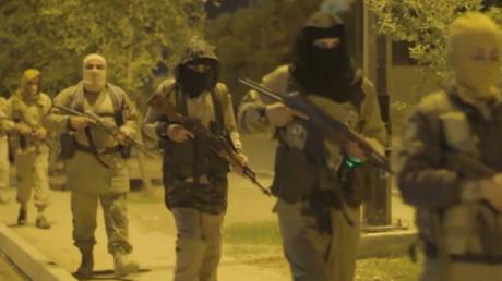 """عناصر من """"داعش"""" في الموصل (صورة أرشيفية)."""