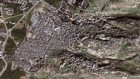 أرشيف - صورة فضائية لمخيم عين الحلوة للاجئين على مشارف مدينة صيدا، لبنان