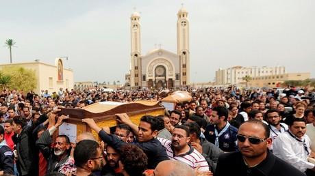 تشييع جثامين ضحايا تفجير الكنيسة في الإسكندرية