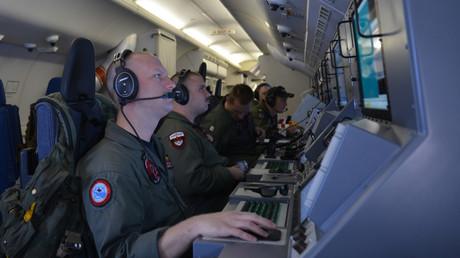 """من على متن الطائرة """"P-8A بوسيدون"""" (صورة أرشيفية)"""