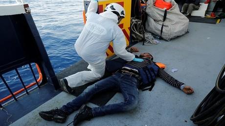عمليات إنقاذ المهاجرين في البحر الأبيض المتوسط 15/4/2017