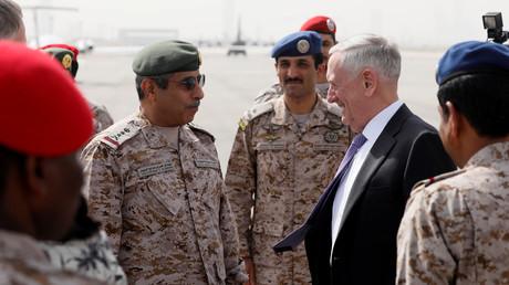 وزير الدفاع الأمريكي يصل السعودية