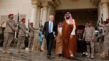 وزير الدفاع الأمريكي والأمير محمد بن سلمان
