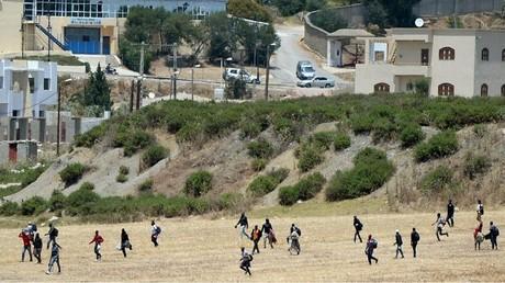 صورة أرشيفية لمهاجرين غير شرعيين في طنجة