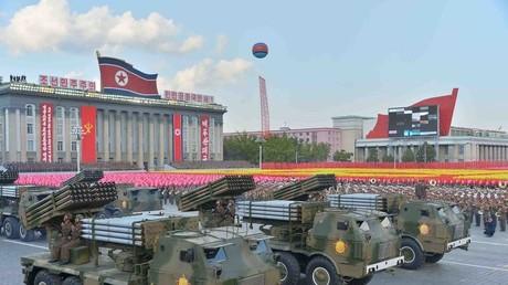 عرض عسكري في بيونغ يانغ (أرشيف)