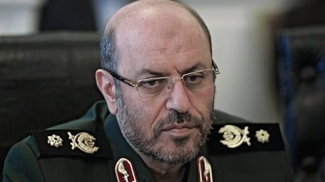 وزير الدفاع الإيراني، حسين دهقان.