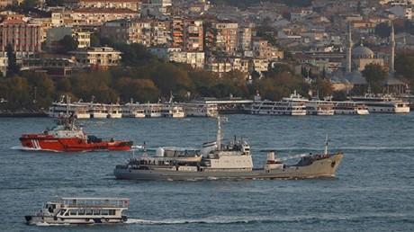 """سفينة الاستطلاع الروسية """" ليمان"""""""