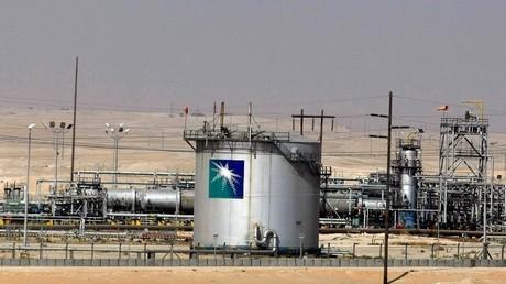 """""""أرامكو"""" متفائلة بتأثير الكثافة السكانية على النفط"""
