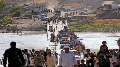 صورة أرشيفية لنزوح الإيزيديين