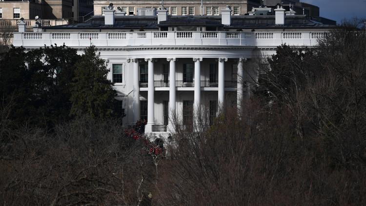 البيت الأبيض يعلق على احتمال لقاء ترامب الزعيم الكوري كيم