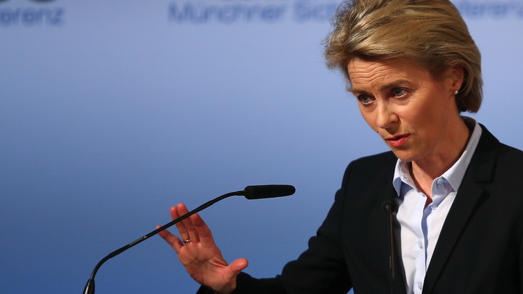 وزيرة الدفاع الألمانية تؤنب