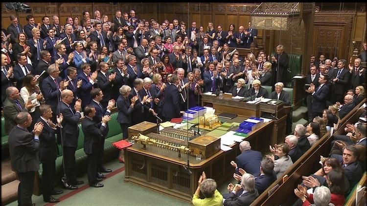 برلمانيون بريطانيون: يجب على الحكومة النظر بجدية إلى مسألة الاعتراف بفلسطين