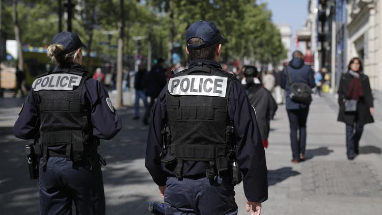 الأمن الفرنسي يعتقل 5 أشخاص في عملية لمكافحة الإرهاب