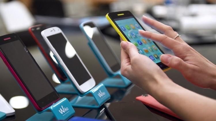 روسيا تحظر الاتصال الإلكتروني عبر 4 تطبيقات