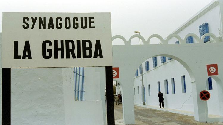 إسرائيل تدعو سياحها في تونس إلى المغادرة فورا