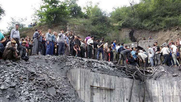 مصرع 21 عاملا بانفجار منجم فحم في إيران