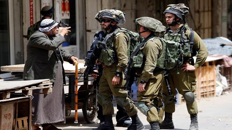 إصابة شاب فلسطيني برصاص الجيش الإسرائيلي في الخليل