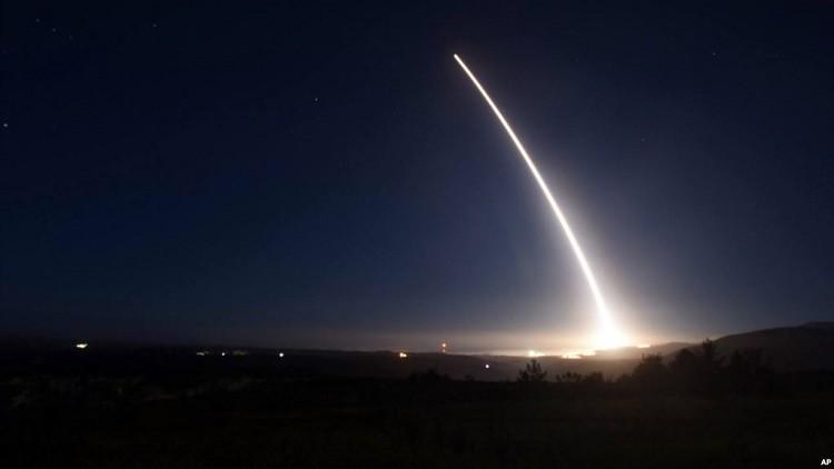 أمريكا تختبر صاروخ