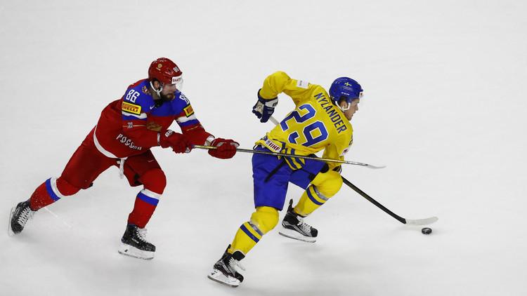 المدرب السويدي يشكك بنزاهة حكام بطولة العالم للهوكي على الجليد