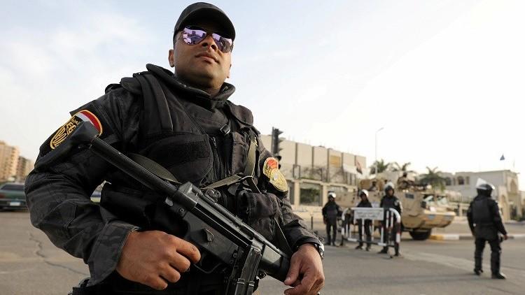 مقتل مسلحين اثنين في اشتباك مع الشرطة المصرية