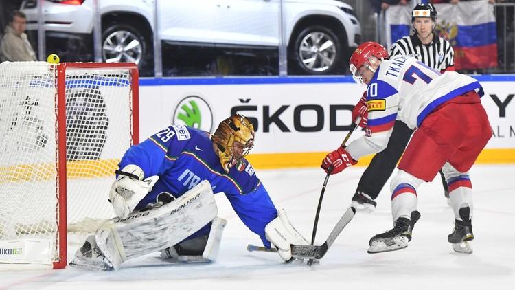 روسيا تمطر شباك إيطاليا بالأهداف في مونديال هوكي الجليد