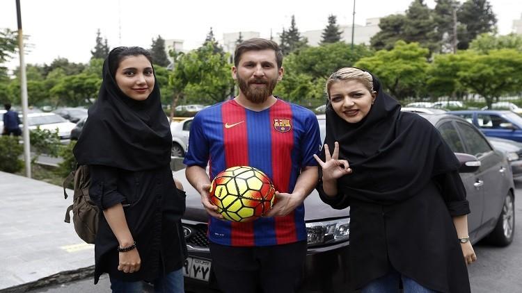 ميسي الإيراني كاد يدخل السجن بسبب شبهه بميسي الأرجنتيني