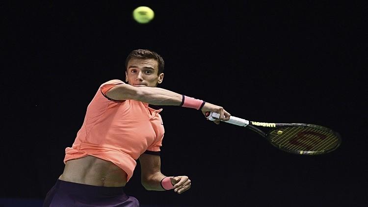كيريوس يتقدم وكوزنيتسوف يودع بطولة مدريد المفتوحة